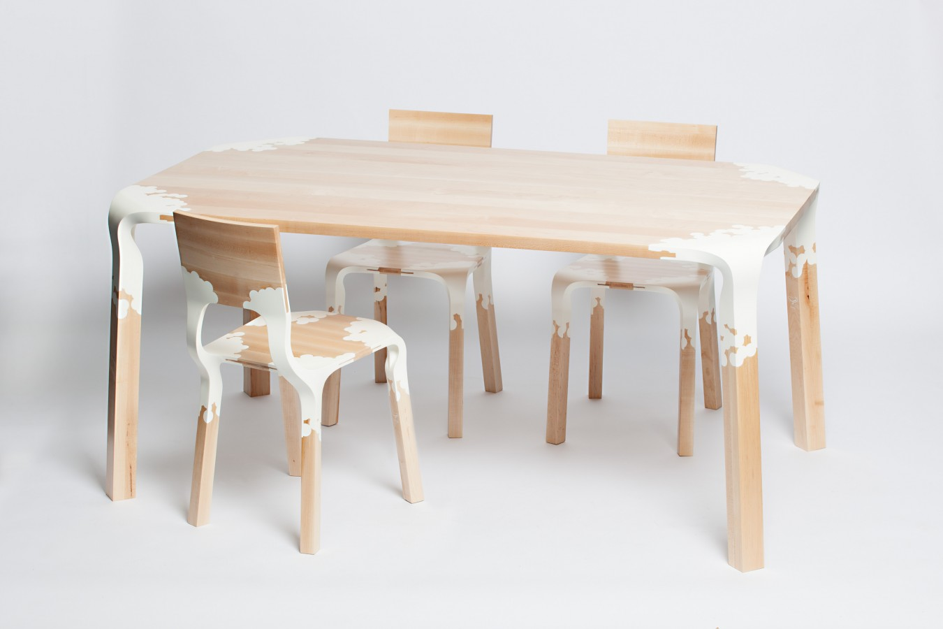 PLASTIC NATURE TABLE AND CHAIRS BY ALEXANDER PELIKAAN